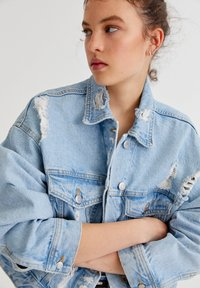 PULL&BEAR - Denim jacket - light blue - 4