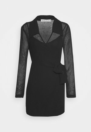CRUSH WRAP COLLAR DRESS - Shift dress - black