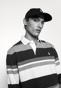 Polo Ralph Lauren - MODERN HAT UNISEX - Czapka z daszkiem - black - 1