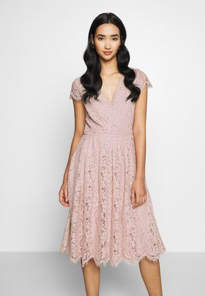WRAP MIDI DRESS - Kjole - rose