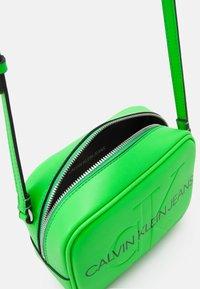 Calvin Klein Jeans - CAMERA BAG - Across body bag - green - 2