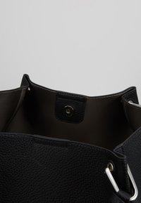 L. CREDI - EMBER SET - Handbag - schwarz - 3