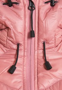 Peak Performance - HELIUM HOOD JACKET - Untuvatakki - warm blush - 2