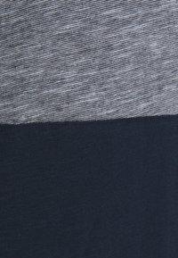 Jack & Jones - JJBLOCK TEE CREW NECK - T-Shirt print - navy - 5