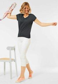 Cecil - MIT SMOK  - Print T-shirt - grau - 1