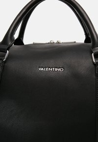 Valentino by Mario Valentino - BRONN - Weekend bag - black - 5