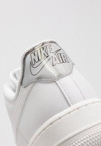 Nike Sportswear - AIR FORCE - Trainers - platinum tint/summit white - 2