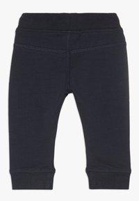 Noppies - SLIM FIT PANTS MATTHEWS - Kalhoty - dark sapphire - 1