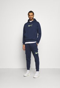 Nike Sportswear - Verryttelyhousut - midnight navy - 1