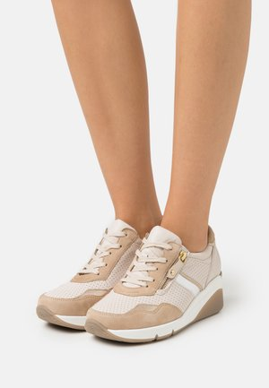 Sneakers laag - ivory/caramel/gold