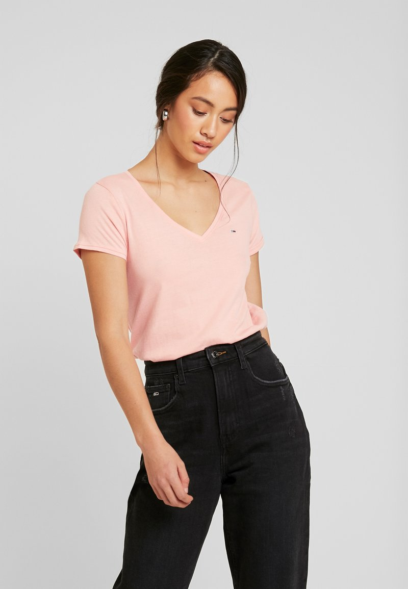 Tommy Jeans - SOFT V NECK TEE - T-shirt basic - pink icing