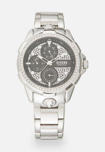 6EME ARRONDISSMENT - Chronograph watch - silver-coloured