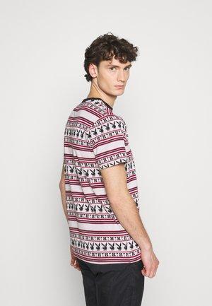 PLAYBOY STRIPE - Camiseta estampada - burgundy