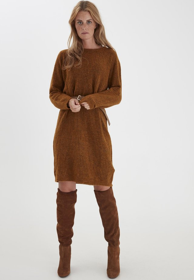 FRMESANDY - Jumper dress - cathay spice melange