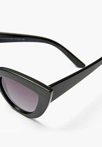 Stradivarius - Sunglasses - black - 4