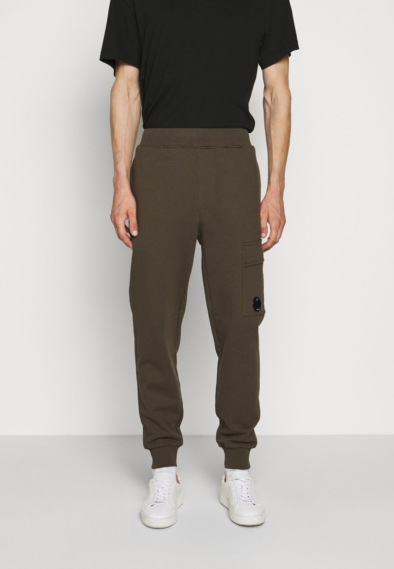C.P. Company - Teplákové kalhoty - ivy green