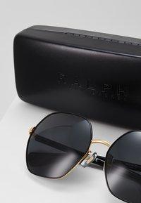 RALPH Ralph Lauren - Solglasögon - black/gold-coloured - 2