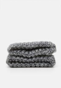 Michael Kors - EMBROIDERD GLOVE - Gloves - ash melange/charcoal - 1