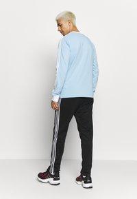 adidas Originals - 3 STRIPES UNISEX - Maglietta a manica lunga - clesky - 2