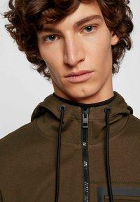 BOSS - Zip-up sweatshirt - open green - 3