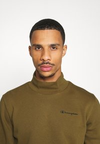 Champion - LEGACY MOCK TURTLE NECK LONG SLEEVES - Sweatshirt - olive - 3