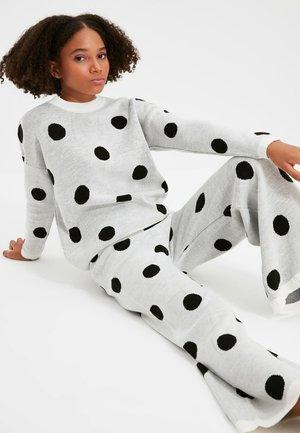 Pijama - cream