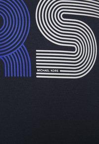 Michael Kors - STACKED STRIPED - Felpa - dark midnight - 6