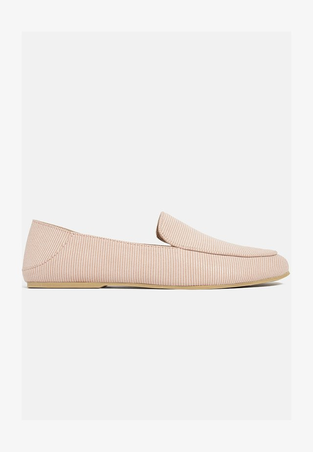 THE MOST COMFORTABLE  - Mocassins - pink