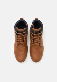 Pier One - High-top trainers - cognac - 3