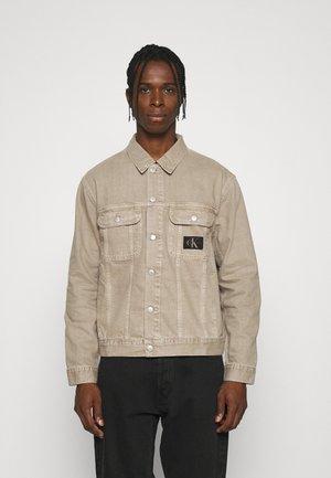 REGULAR JACKET - Denim jacket - denim light