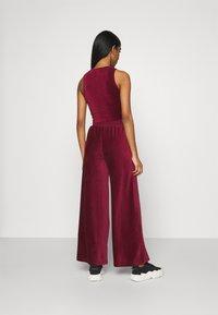 Ellesse - VALERIE - Trousers - burgundy - 2