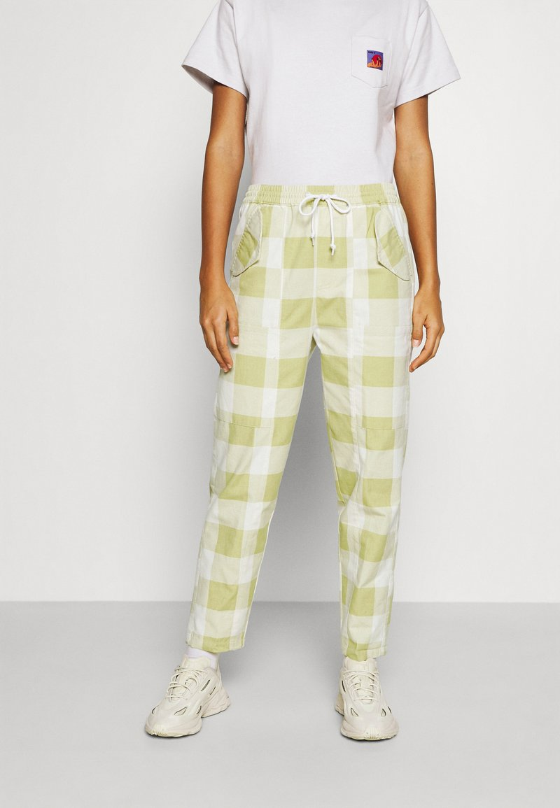 Obey Clothing - PROVENCE PANT - Tygbyxor - grass