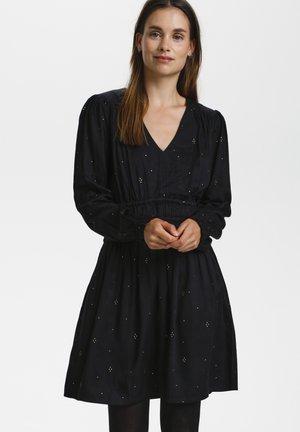 Robe d'été - pitch black