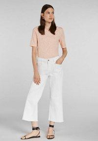 Oui - Print T-shirt - white yellow/or - 1