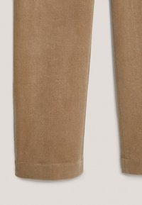 Massimo Dutti - AUS BAUMWOLL-MICROCORD  - Trousers - beige - 4