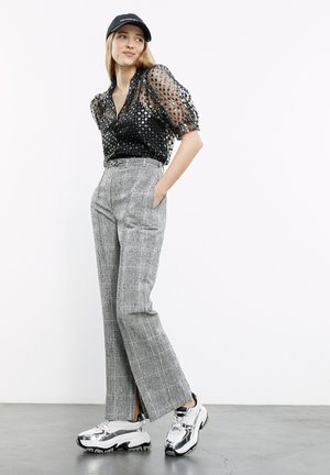 Trousers - black white