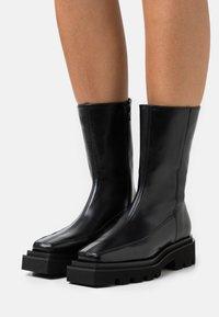 ALOHAS - BLOCK - Platform boots - black - 0