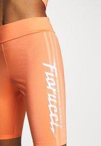 adidas Originals - CYCLING - Shorts - semi coral - 3