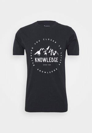 ALDER MOUNTAIN TEE - Print T-shirt - dark blue