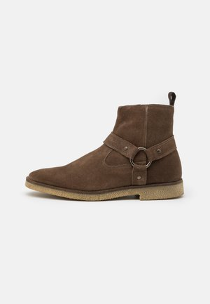 HORNCHURCH STIRRUP BOOT - Classic ankle boots - tan