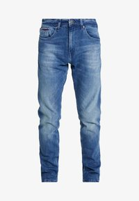 Tommy Jeans - SLIM TAPERED STEVE BEMB - Jeansy Slim Fit - berry mid blue - 3