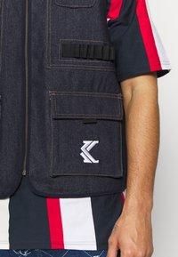 Karl Kani - DENIM UTILITY  - Bodywarmer - blue - 5