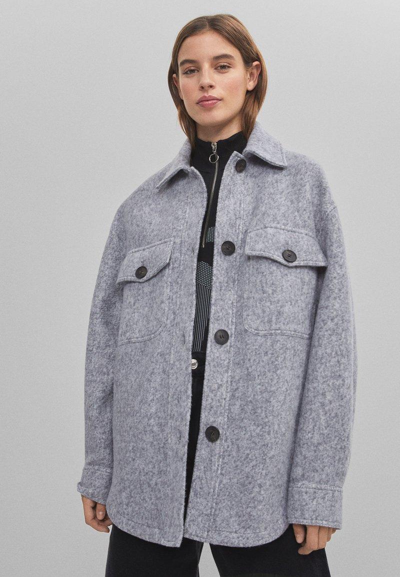 Bershka - Light jacket - light grey