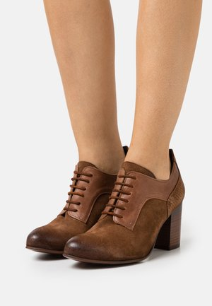 MADELINE - Lace-up heels - marvin/uraco/brown