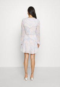 Thurley - CONQUEST MINI DRESS - Sukienka koktajlowa - offwhite - 2