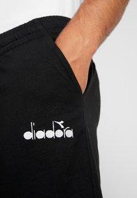 Diadora - BERMUDA CORE LIGHT - Sports shorts - black - 4