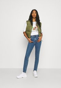 Levi's® - 721 HIGH RISE SKINNY - Jeans Skinny Fit - bogota heart - 1