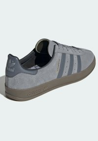 adidas Originals - Sneakers basse - grey - 2