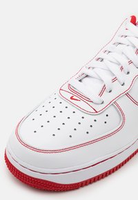 Nike Sportswear - AIR FORCE 1 '07 STITCH - Baskets basses - white/university red - 7