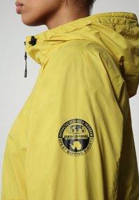 Napapijri - A-CIRCULAR - Light jacket - yellow moss - 5